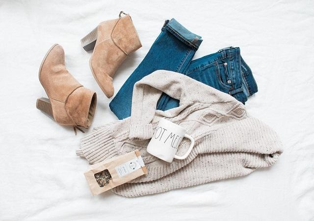 シンプルな洋服